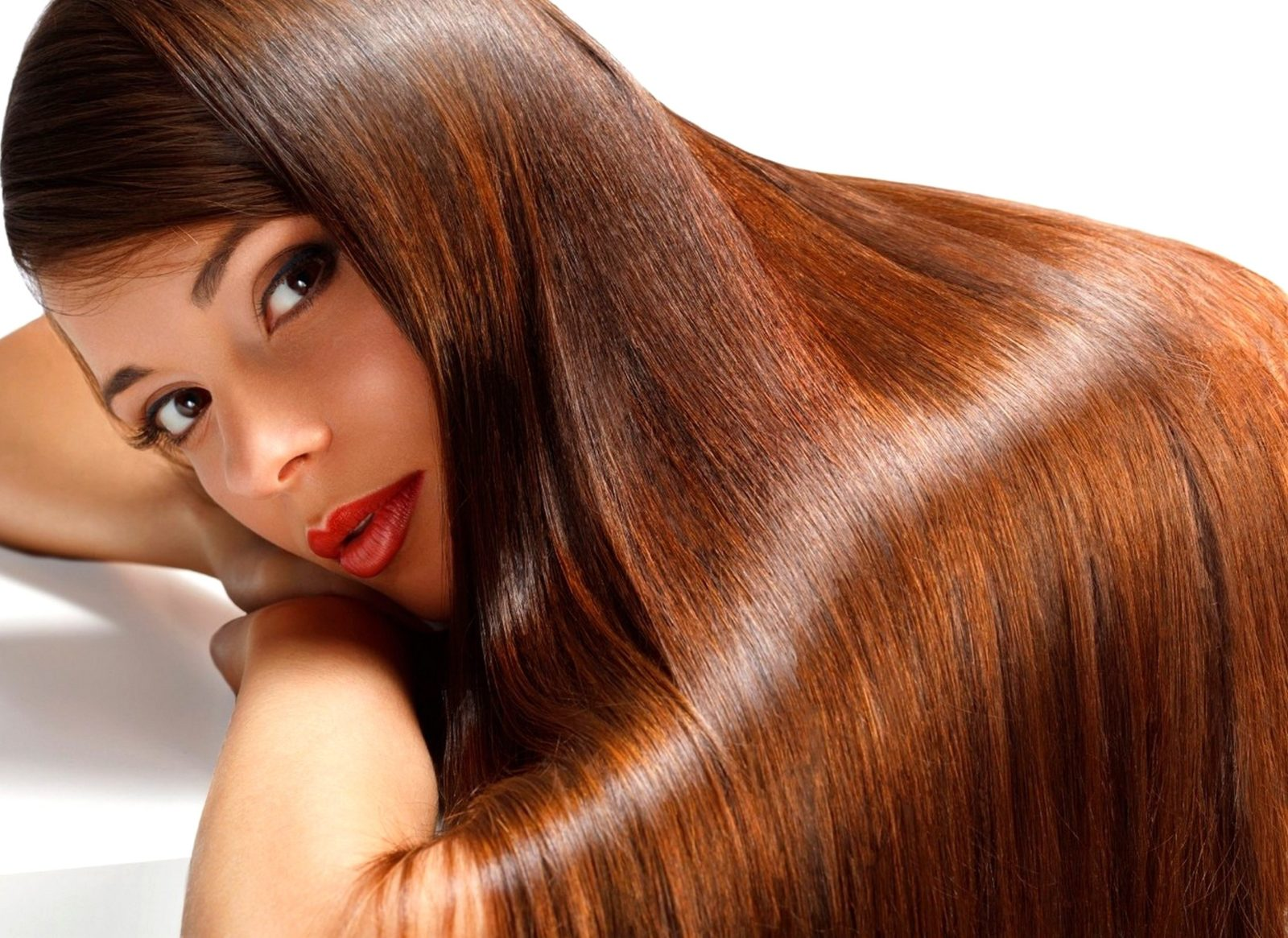 Tips-to-Transform-Frizzy-Hair-to-Smooth